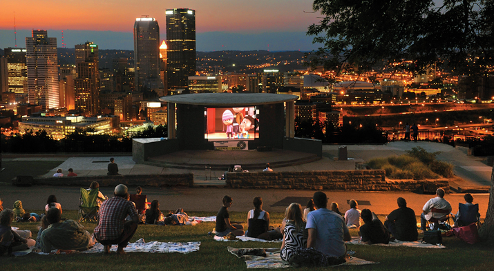 Pittsburgh S City Parks Transform Into An Outdoor Theater On Summer Evenings With Citiparks Cinema In The A Free Movie Series